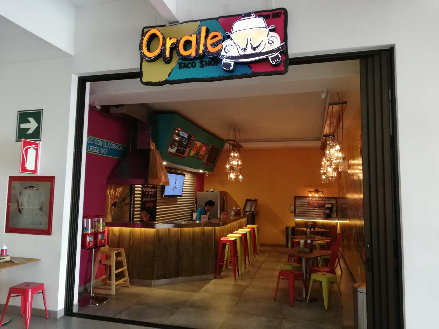 Orale Taco Shop (Deco City)