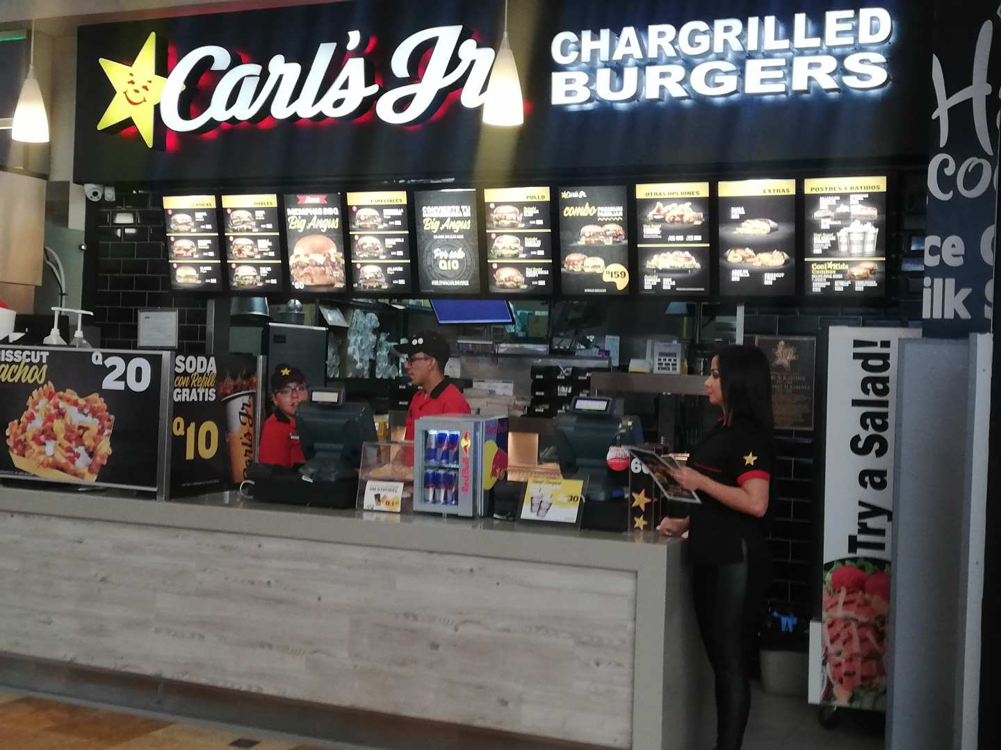 Carl's Jr. (Oakland Mall)