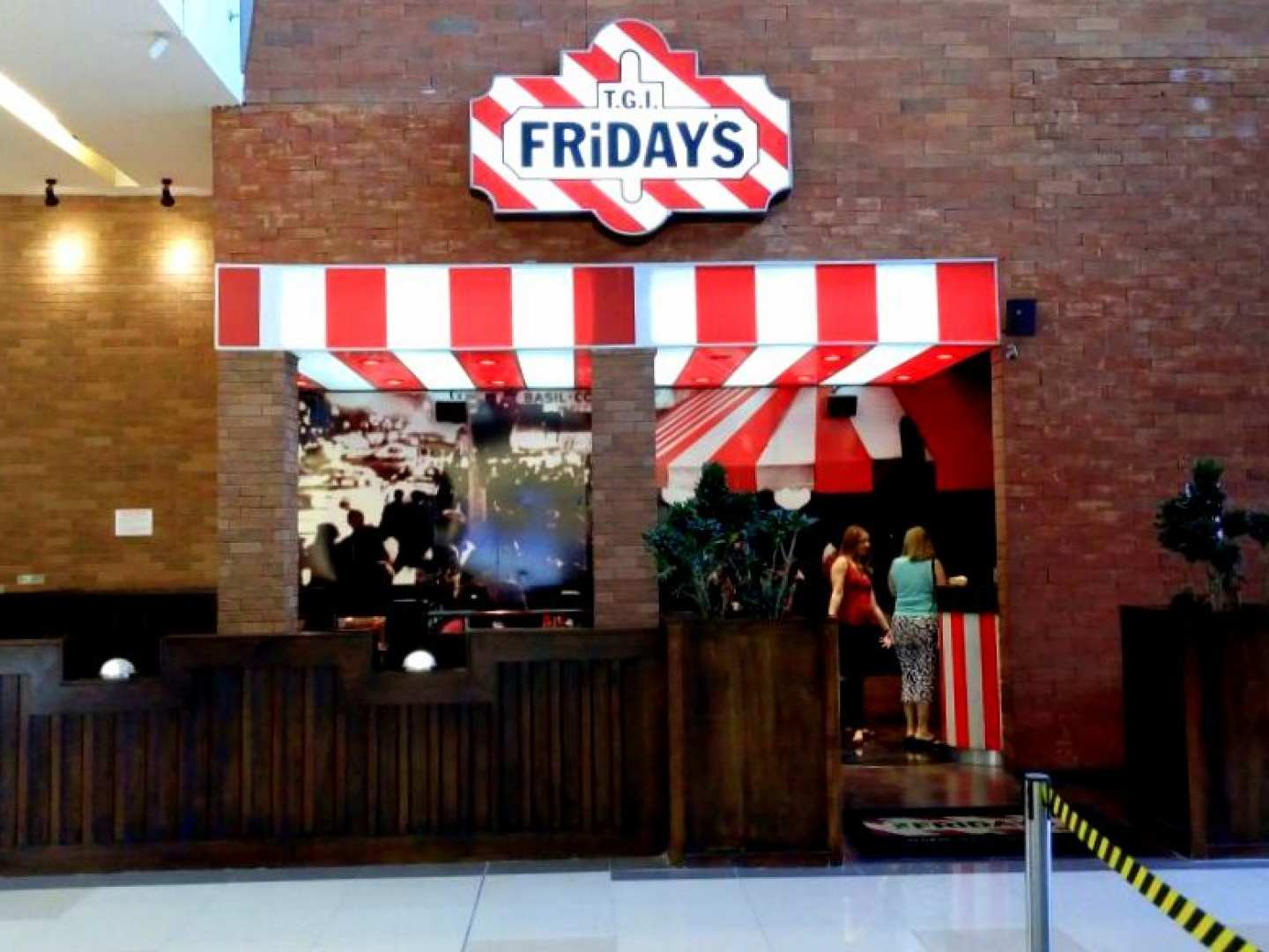 T.G.I. Friday's (Multiplaza)