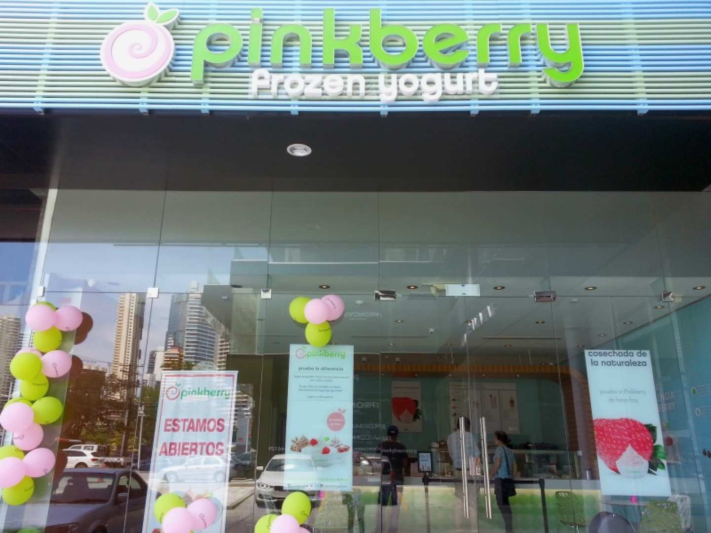Pinkberry (Balboa Boutiques)