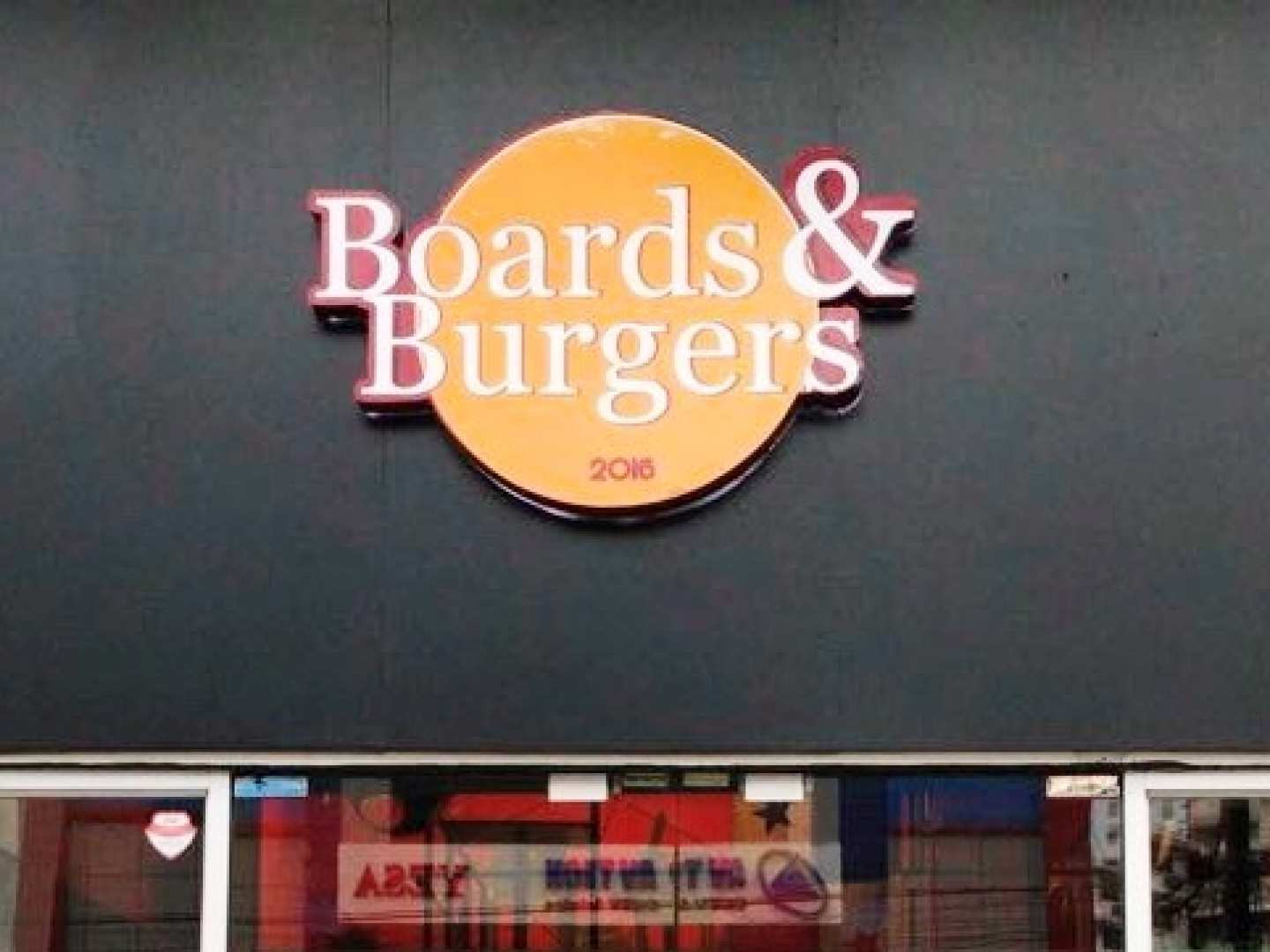 Boards And Burgers