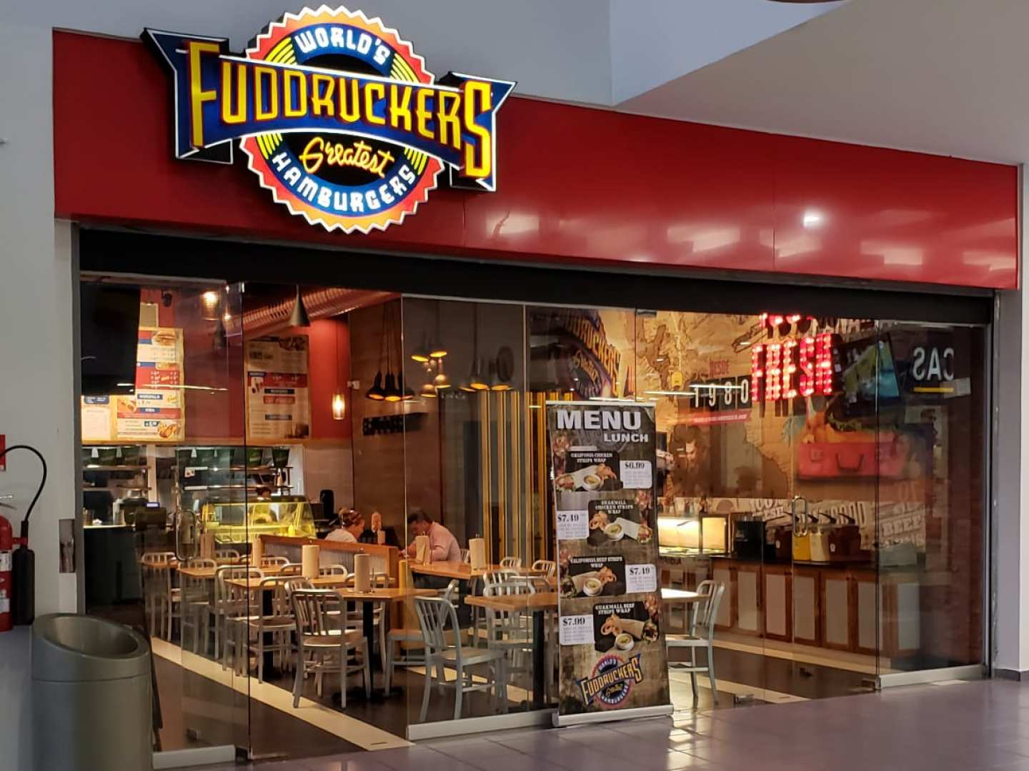 Fuddruckers (Albrook)