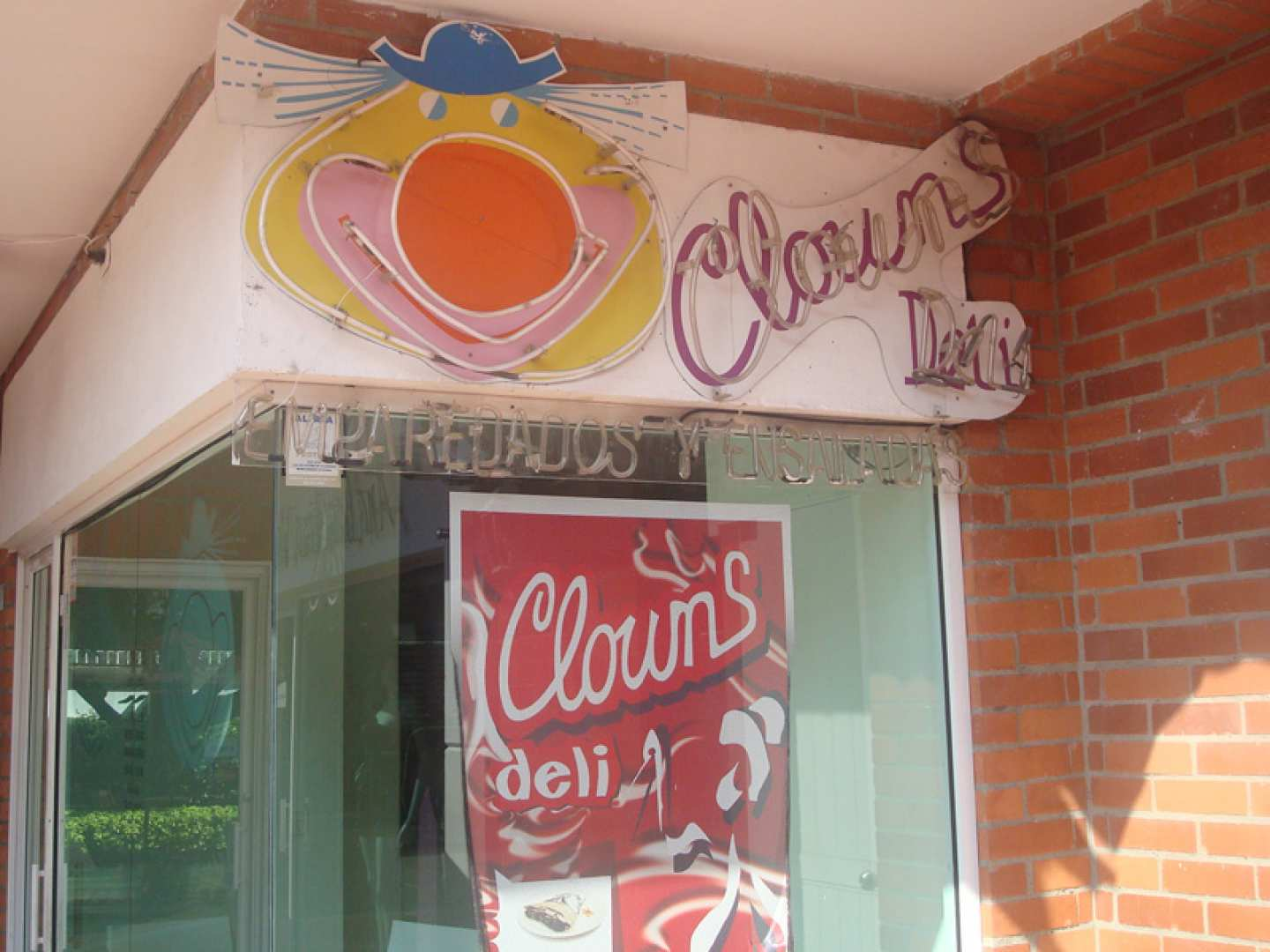 Clowns Deli
