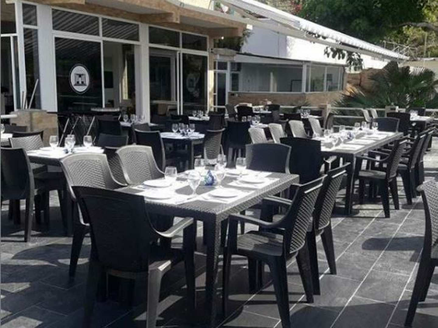 Casablanca Restaurant y Lounge