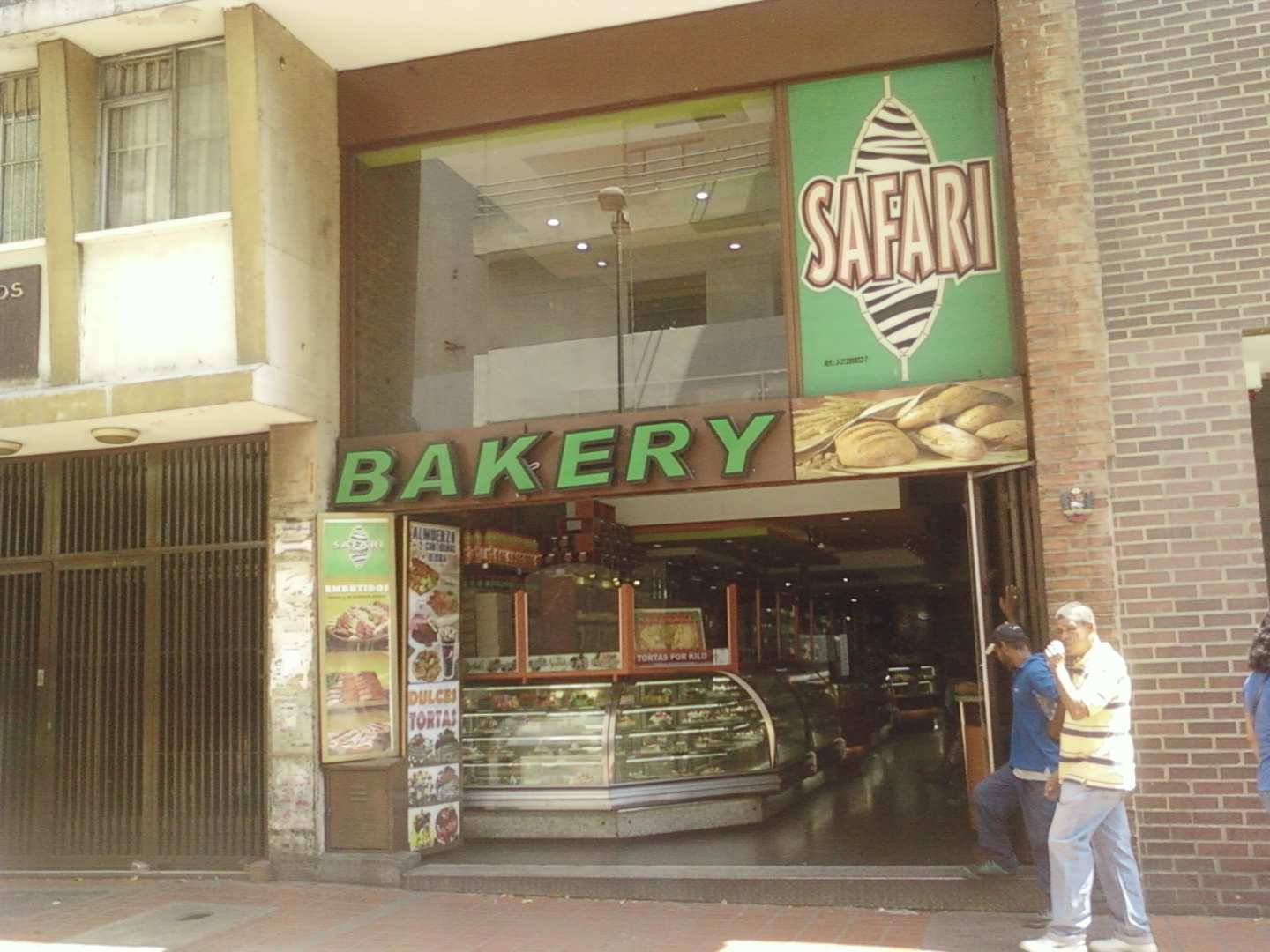 Safari Bakery