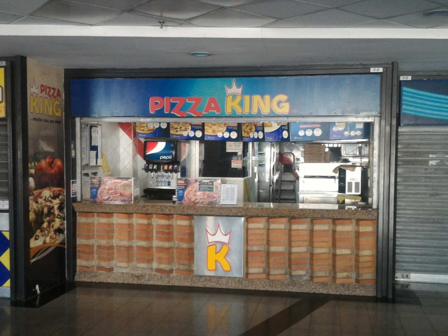 Pizza King (C.C. Multiplaza Paraíso)